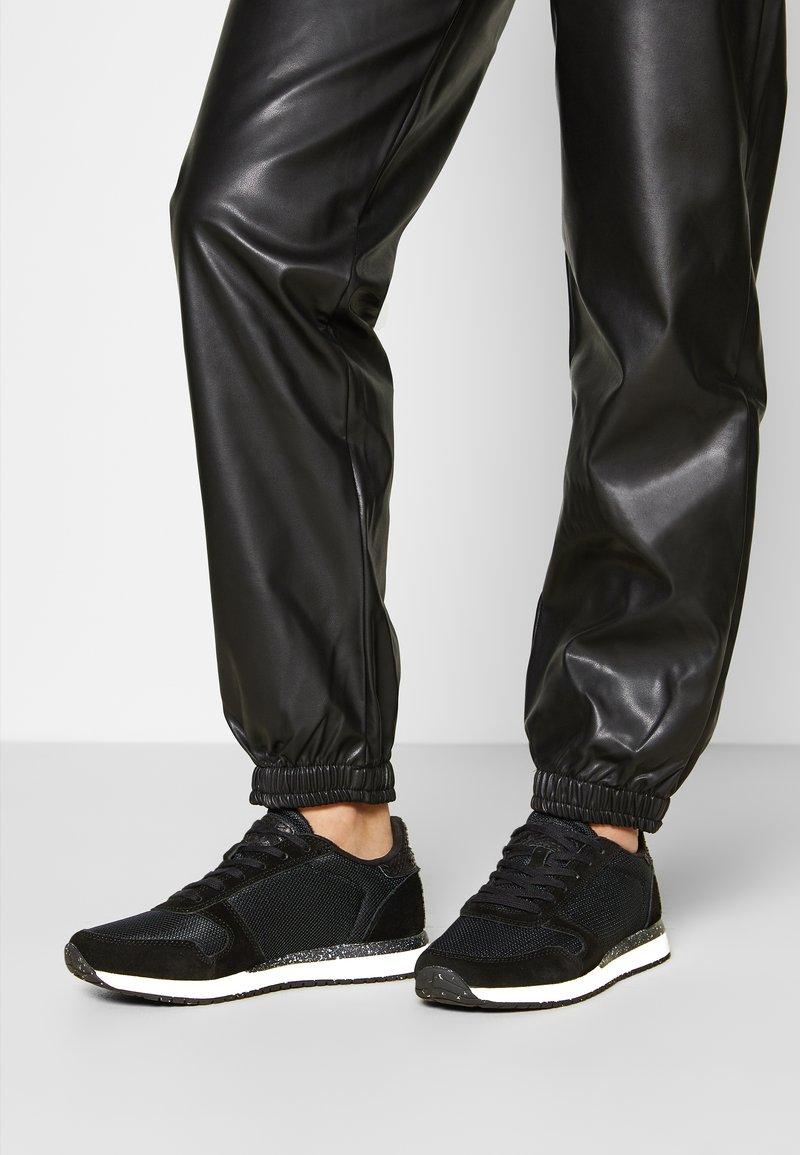 Woden - YDUN FIFTY - Sneakersy niskie - black