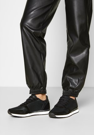 YDUN FIFTY - Joggesko - black