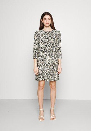 JDYBOA 3/4 SHORT DRESS