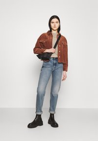 ONLY - ONLMARINA BITTEN LIFE - Summer jacket - rustic brown - 1