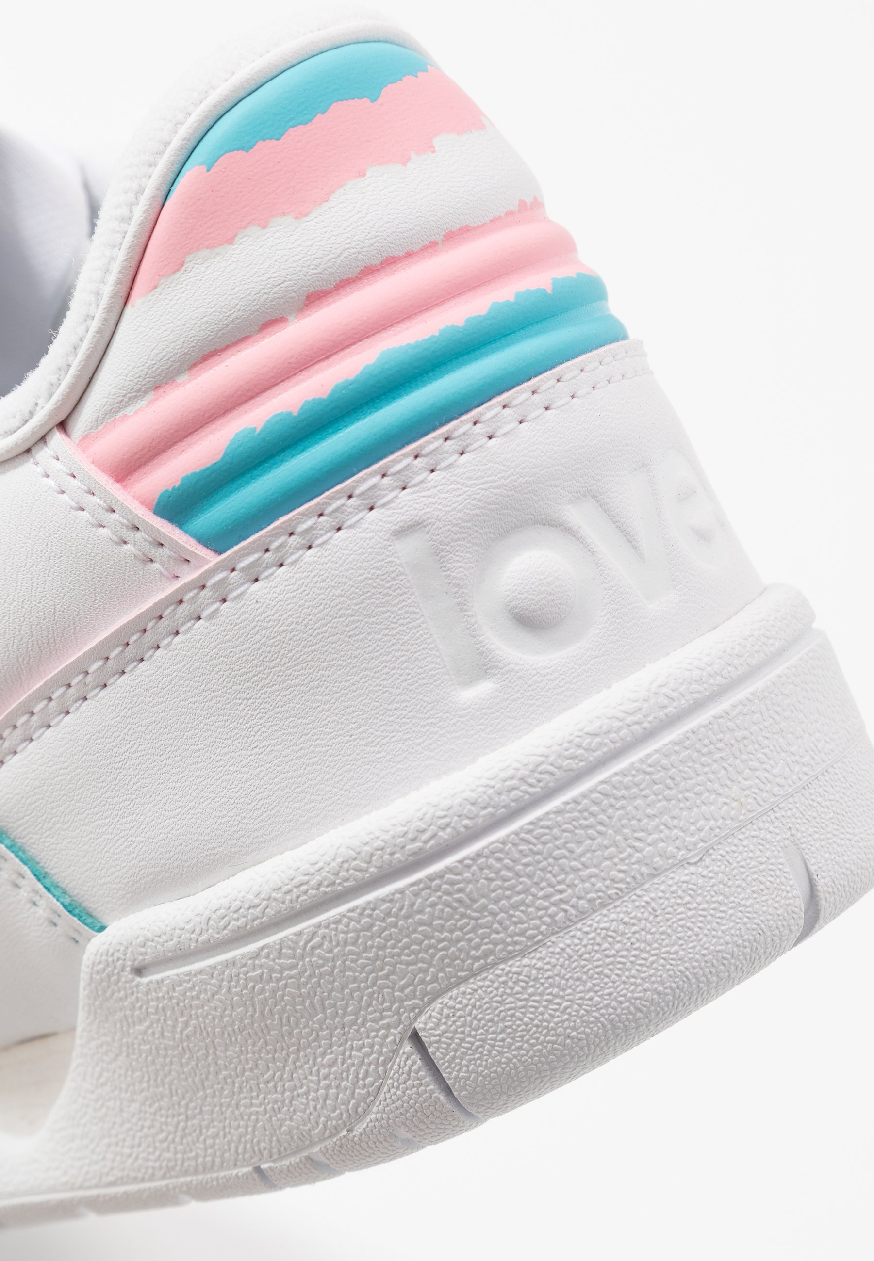 Geringster Preis adidas Originals CARERRA PRIDE - Sneaker low - footwear white/bright cyan | Damenbekleidung 2020