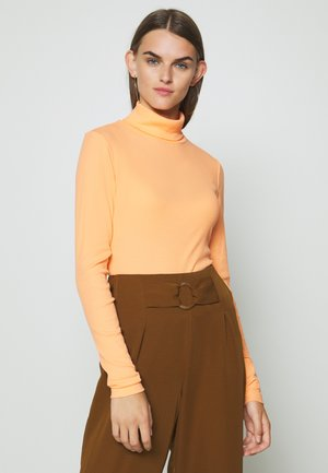 VERENA TURTLENECK - Long sleeved top - orange