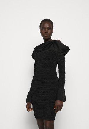 PUCKERED STITCH RUFFLE MINI DRESS - Sukienka koktajlowa - black
