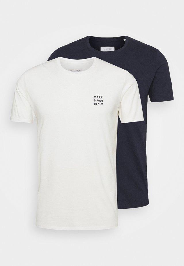 SMALL CHEST LOGO 2 PACK - Basic T-shirt - scandinavian white/scandinavi