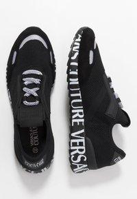 Versace Jeans Couture - Matalavartiset tennarit - black - 1