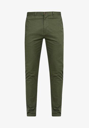 STUART CLASSIC SLIM FIT - Chino kalhoty - military