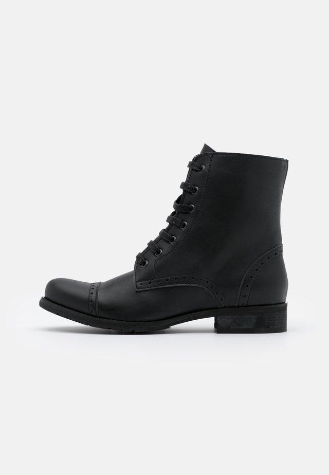ALBA VEGAN - Snørestøvletter - black