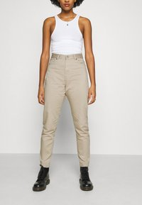 Dr.Denim - NORA - Relaxed fit jeans - cashew - 0