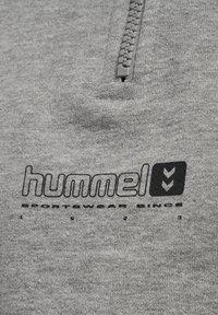Hummel - HMLLGC NIKKA CROPPED - Strikpullover /Striktrøjer - grey melange - 9