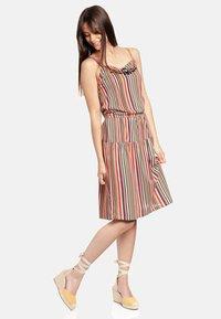 Vive Maria - VIVA MEXICO  - Jersey dress - mehrfarbig - 1