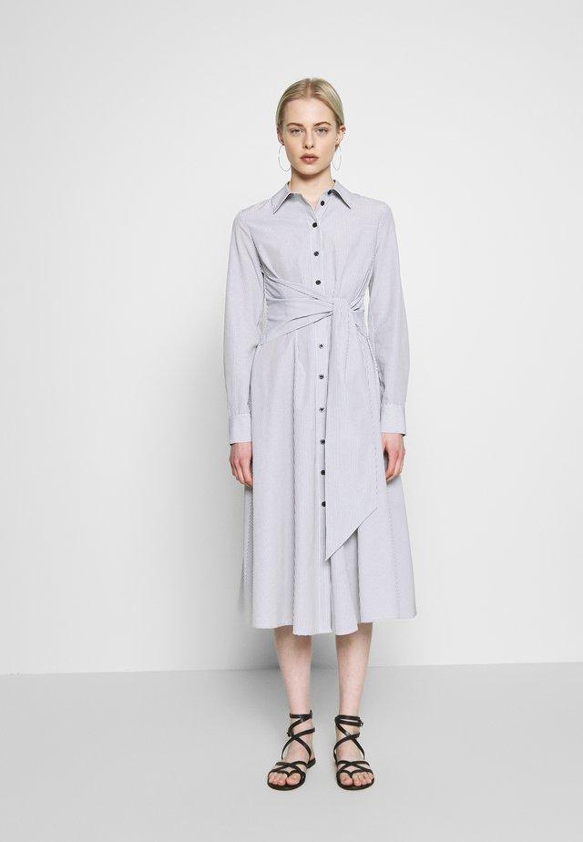 TIE FRONT DRESS - Košilové šaty - black/white
