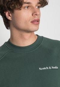 Scotch & Soda - FELPA CREWNECK - Sweater - jungle - 4