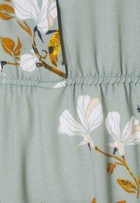 Vero Moda Tall - VMHALLIE LONG TIE DRESS - Maxi dress - green milieu - 2