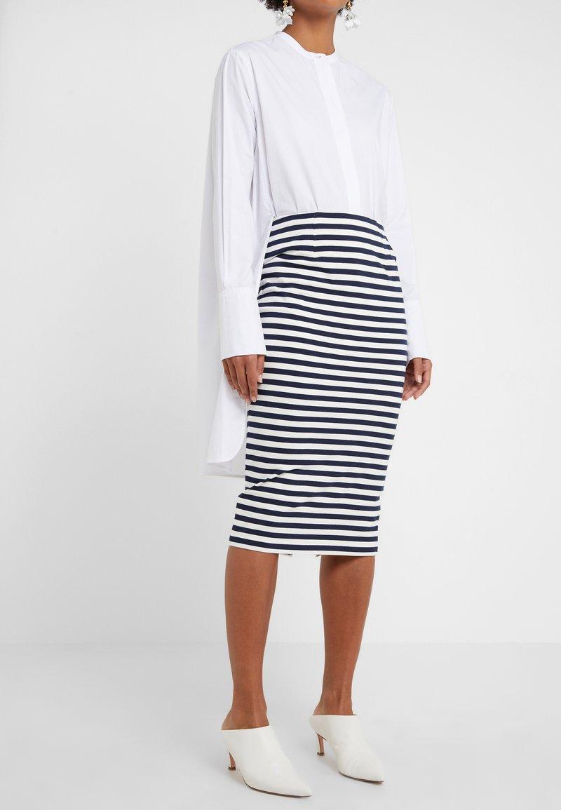 J.CREW - Pouzdrová sukně - cabo stripe navy