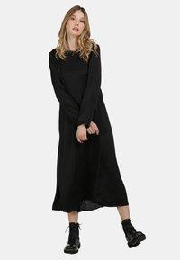 DreiMaster - Maxi dress - schwarz - 1