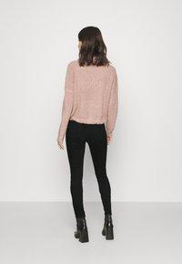 ONLY - ONLBLUSH HIGH WAIST - Jeans Skinny Fit - black denim - 2