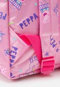 Kidzroom - BACKPACK PEPPA PIG FAVORITE THINGS UNISEX - Rucksack - pink - 3