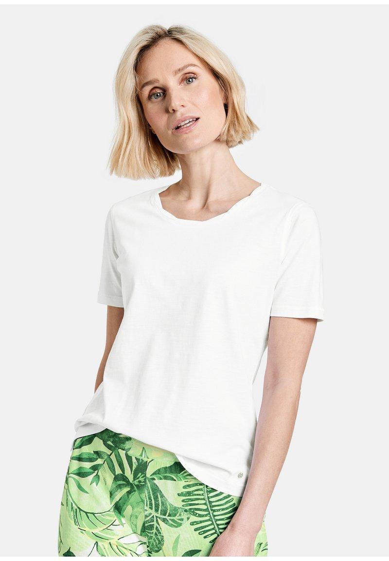 Gerry Weber - Basic T-shirt - weiß/weiß