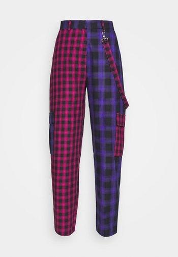 CRUX PANT - Bukse - pink/purple/black