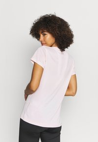Under Armour - TECH TWIST - T-shirt con stampa - beta tint - 2