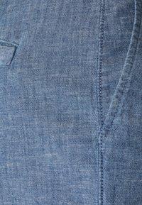 GAP Petite - Shorts - indigo chambray - 2