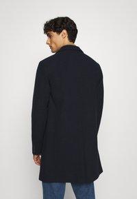 Selected Homme - SLHHAGEN  COAT  - Classic coat - dark sapphire - 2