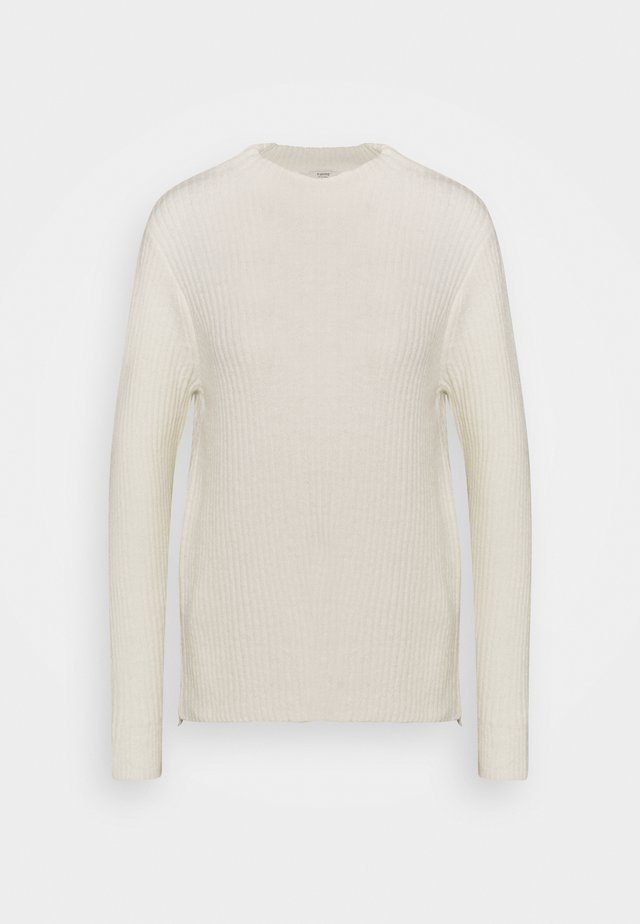 BYNORA JUMPER - Stickad tröja - off white