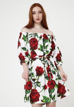 GREENELLA - Korte jurk - milchig, rot
