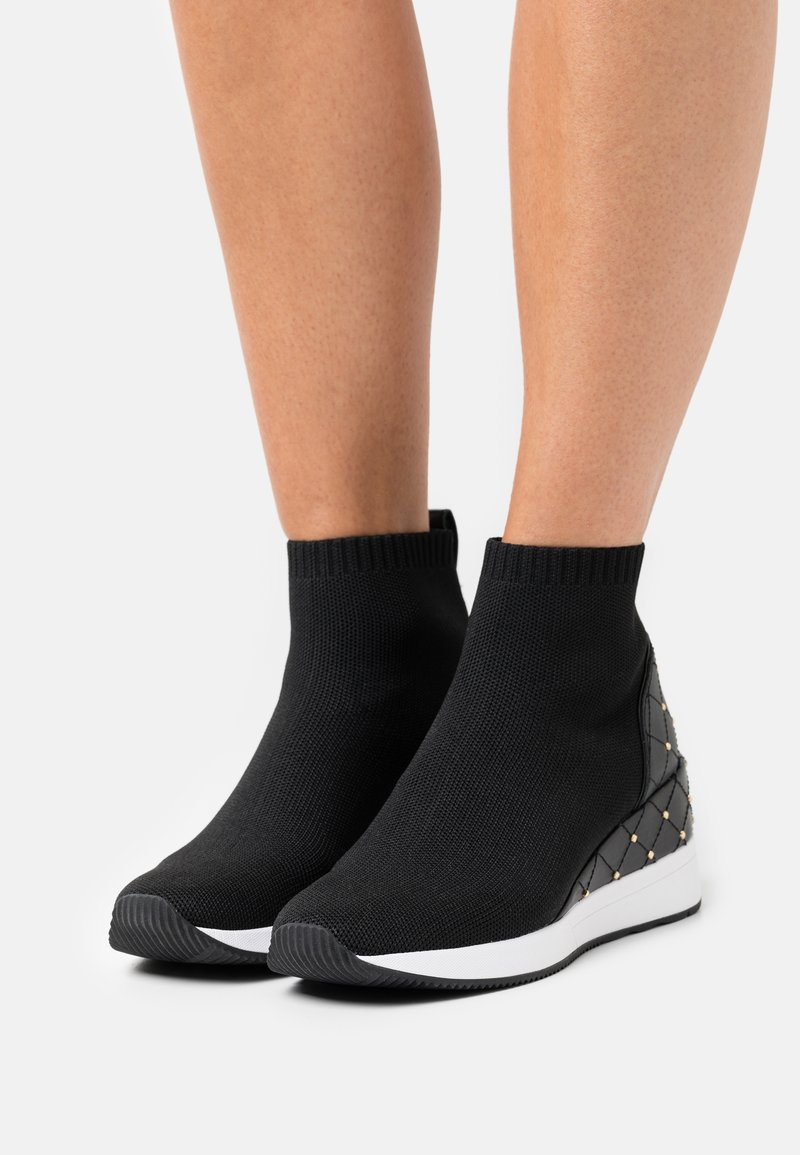 MICHAEL Michael Kors - SKYLER BOOTIE - High-top trainers - black
