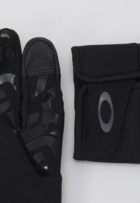 Oakley - FACTORY PARK GLOVE  - Gloves - blackout - 2