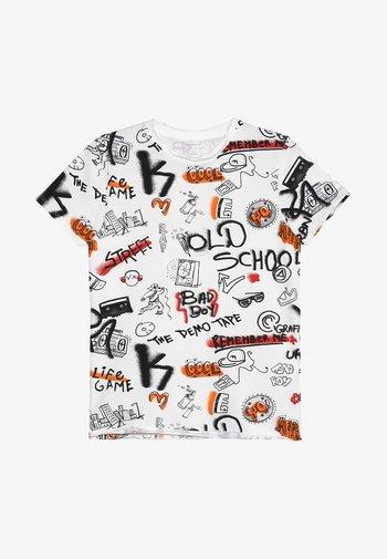 NKMBARANO - Print T-shirt - bright white