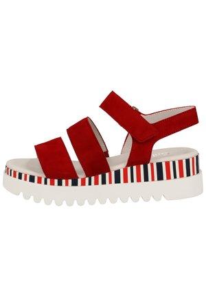 SANDALEN - Sandalen met plateauzool - red