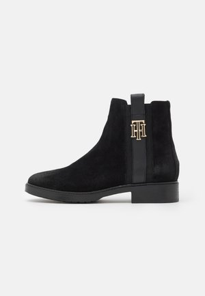 INTERLOCK BOOT - Nilkkurit - black