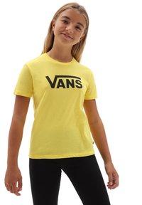 Vans - GR FLYING V CREW - Print T-shirt - cyber yellow - 0