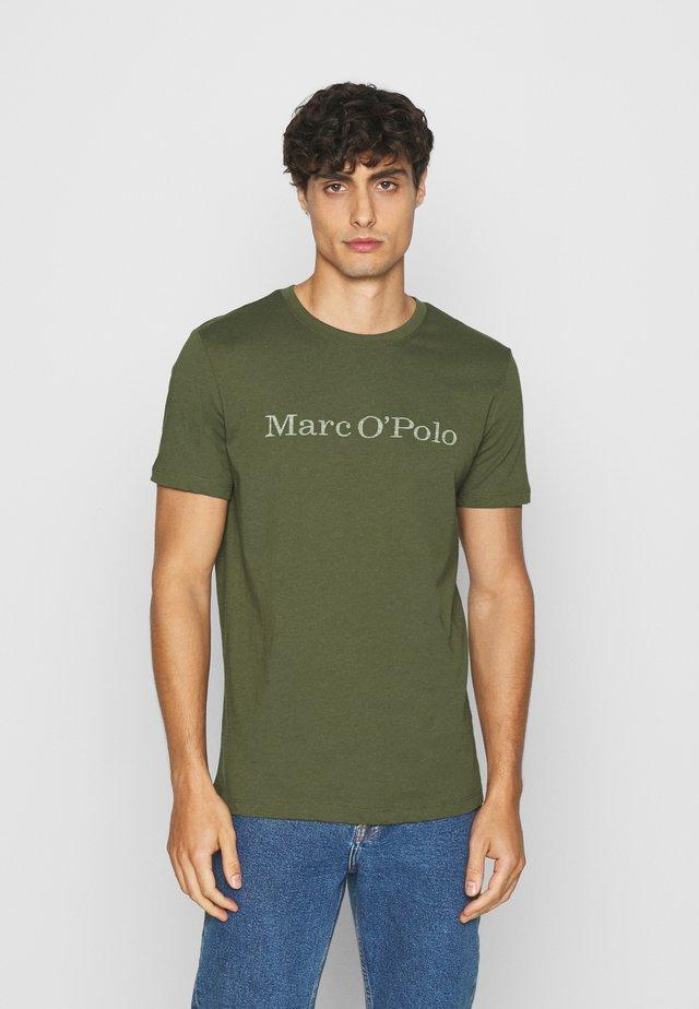 T-Shirt print - cypress