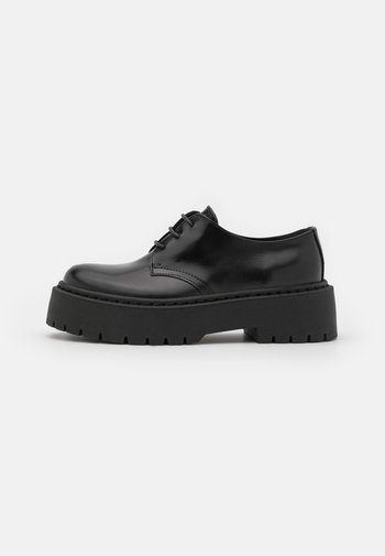 FREEING CHUNKY SOLED LACE UP - Derbies - black