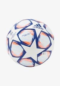 FIN 20 COM - Football - white/royblu/sigcor