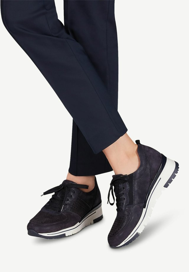 Baskets basses - navy pea/punch