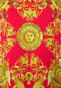 Versace Jeans Couture - PANEL GOLD BAROQUE  - Shirt - red - 2
