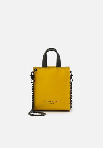 PAPER BAG XXS  - Handbag - cream gold
