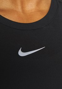 Nike Performance - INFINITE - Funktionsshirt - black/reflective silver - 4