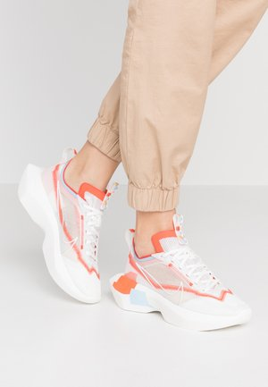 VISTA LITE - Sneakersy niskie - summit white/team orange/psychic blue