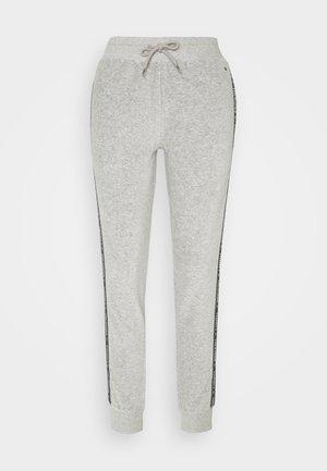 AUTHENTIC TEXTURE TRACK PANT - Pyjama bottoms - mid grey heather
