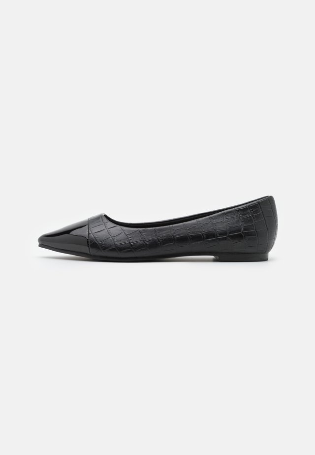 WIDE FIT HERA - Ballet pumps - black