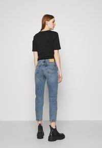 ONLY - ONLJOSIE LIFE RISE SLIM  - Slim fit jeans - medium blue - 2