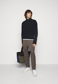 Filippa K - MIX TATE TURTLENECK  - Jumper - navy - 1