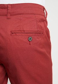 Selected Homme - SLHSTRAIGHT PARIS - Shorts - brick red - 5