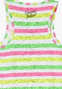 Vingino - PILAINE - Sukienka z dżerseju - neon pink - 4
