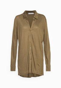 Button-down blouse - beech