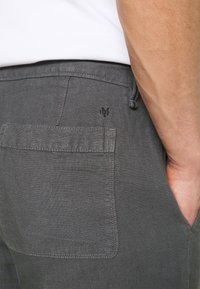Marc O'Polo - TAPERED FIT PATCHED - Trousers - gray - 4